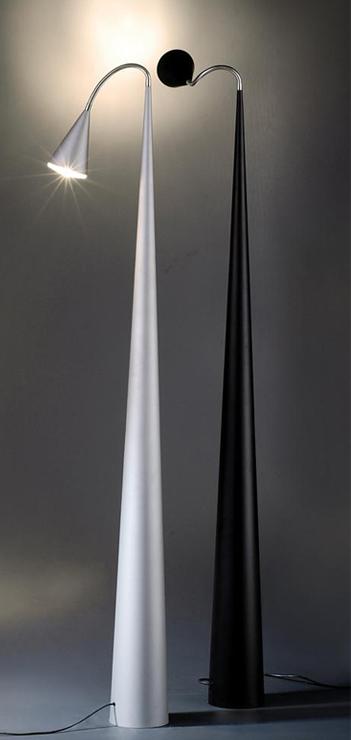 מנורת עמידה טקסס